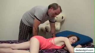 dadandgirl.com – Father wake up and fuck daughter from bedroom to livingroom